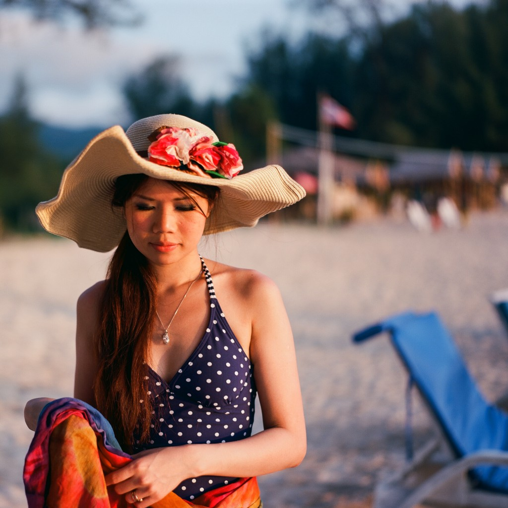 MAMIYA_UNIVERSAL_PRESS_KODAK_EKTAR_100_1_THAILAND_2013 (4)-2